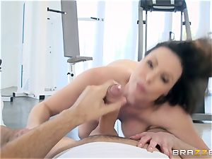 insatiable brunette Kendra lust ass fucking screwed at the gym