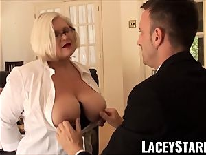 LACEYSTARR - obedient GILF bootie plunged by Pascal milky