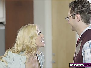 He pulverizes hotwife cougar, Then girlfriend And ejaculates S5:E10