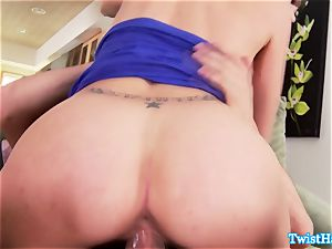 wonderful Anna Morna deep throats a ride and wails