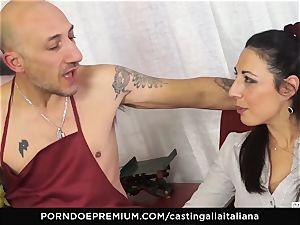 casting ALLA ITALIANA - Italian mummy novice enjoys ass-fuck