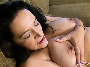 USAwives insane round grandmother toy masturbation