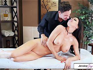 Jessica Jaymes takes Brad's phat weenie and gets porked
