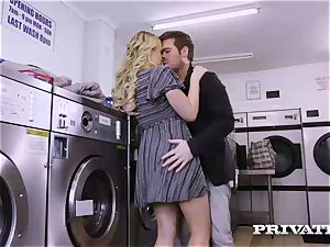 Private.com - Mia Malkova gets romped in the laundry