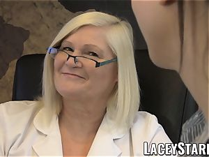 LACEYSTARR - GILF heals patient with lesbo climax