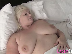 light-haired granny Lacey Starr rails shaft
