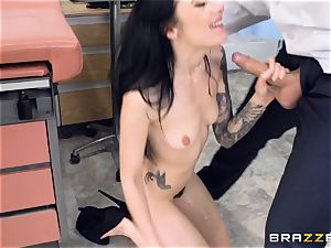 Marley Brinx gets her cooch deeply investigated at the doctors