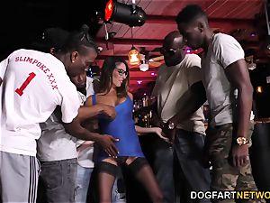 Dava Foxx interracial gang-bang