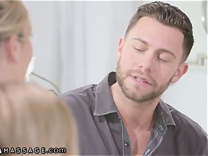 Stepmom Helps daughter-in-law Land massagist Job 3some