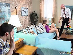 Riley Reid romps a cop for forgiveness
