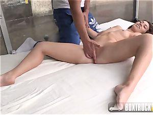 killer Tiffany girl gets a yoni massage