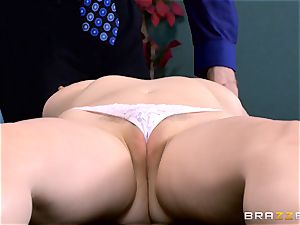 Patient Penny Pax pummeled by hefty dicked physician