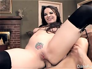 wondrous Dana DeArmond gets a pov booty bang