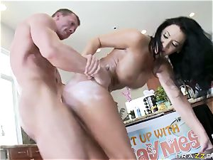Culinary showcase presenter Jayden Jaymes gets her poon wedged with rock-hard knobs