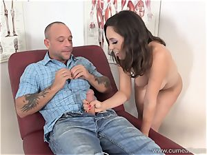 Jade Nile Has Her hubby blow man sausage and witness Her