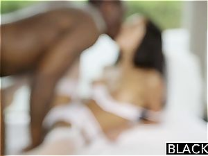 BLACKED girlfriend Chloe Amours first-ever Time With A bbc
