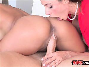 Ariella Ferrera gets a portion of Chloe Amours guy