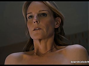 Heavenly Helen Hunt has a clean-shaven pussy for viewing