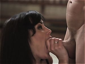 A lesson in boning with Lisa Ann