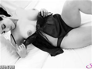 Sunny Leone in her fresh black